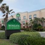 Wingate Inn Destin exterior